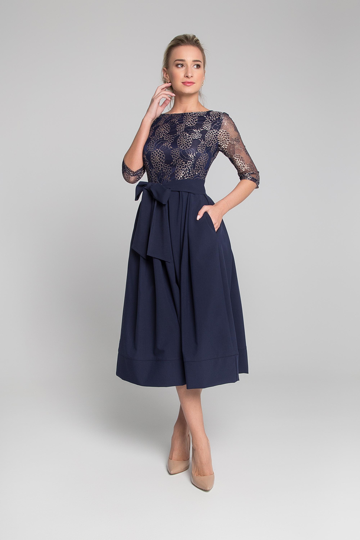 Платье приталенного силуэта. 0017-01-19-11-98